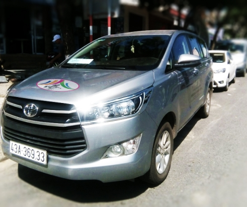 Xe Toyota Innova 7 chỗ
