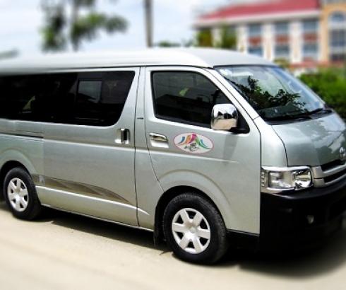 Thuê Xe du lịch Toyota Hiace 16 chỗ